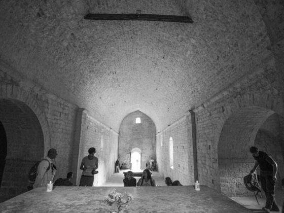 interno abbazia_il ponticello